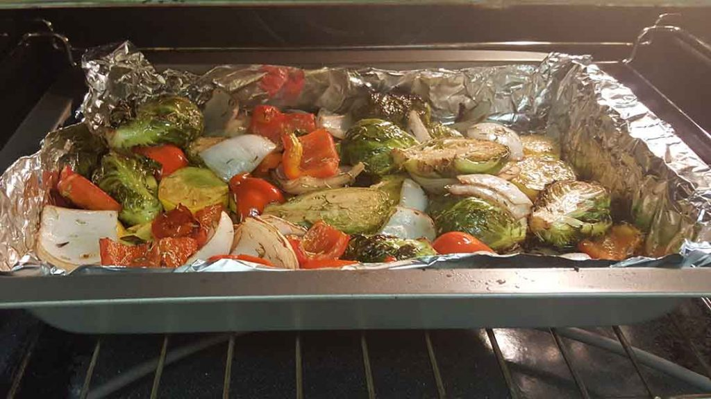 vegetables in oven roasting
